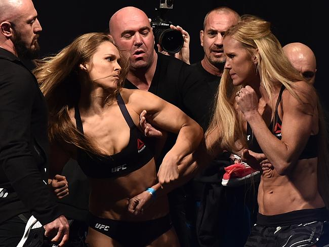 Ronda Rousey vs. Holly Holm